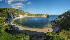 Lulworth Cove (Peter Quinn1) Tags: lulworthcove dorset jurassiccove limestone purbeck cove beach sand fossils