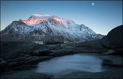 N o r w a y (jeanny mueller) Tags: norway norge norwegen arctic winter lofoten utakleiv landscape seascape night sunset sunrise mountain moon water