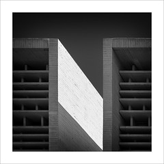 T (ximo rosell) Tags: ximorosell bn blackandwhite blancoynegro bw buildings llum luz light nikon d750 valencia arquitectura architecture abstract abstracció minimal squares