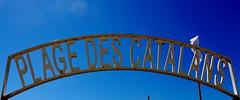 CATALAN's beach (zuhmha) Tags: totalphoto marseille catalans plage beach blue bleu white blancs fence forgé fer france color couleur arche arc courbe line ligne curve sign word mot letter lettre ciel sky