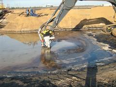 pumping bitumen 019