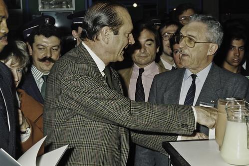 Mr JACQUES CHIRAC au SIA 1990-45-cliche Jean Weber
