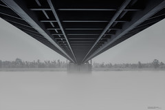 Bridge in the fog (Werner Thorenz) Tags: fog nebel brücke bridge mystic düsseldorfhamm düsseldorf hammereisenbahnbrücke nebelig diesig foggy wernerthorenz longexposure langzeitbelichtung thorenz