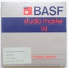 BASF, bande magnétique Studio Master 911 (Allemagne, c. 1980) (Cletus Awreetus) Tags: enregistrement recording audio bandemagnétique soundrecordingtape vintage reel bobine tape bande boîte carton basf