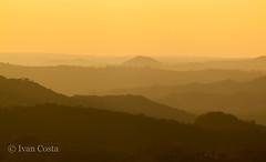 Mar de Morros - Serra da Mantiqueira (Ivan Costa) Tags: mountains montanhas mar de morros mantiqueira serra landscape paisagem socorro sp brasil brazil dusk entardecer montanha
