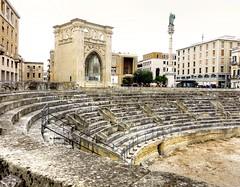 Amphitheatre -  Lecce  DSC06764_HDR.jpg (Chris Belsten) Tags: lecce romanamphitheatre