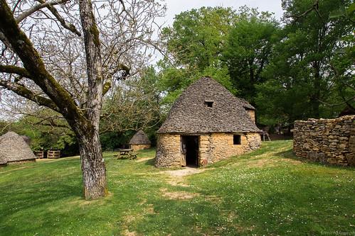 Les bories (1) - Cabanes du Breuil