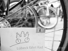 FoMa2017-1473 (Lübeck Management) Tags: fotomarathonlübeck fotomarathon lübeck unesco welterbe unescowelterbelübeckaltstadt fahrrad süse30 plötzlich30