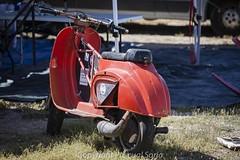 24 Horas Vespa 002 (calico1510) Tags: spain españa aragón zaragoza zuera canon nikon carrera resistencia 24horas vespa internacional circuito circuitointernacional