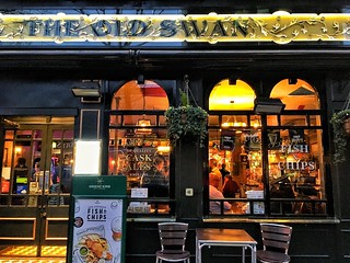 London England ~ The Old Swan ~ Food