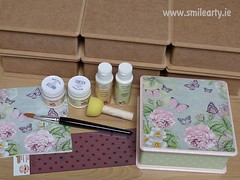 Dotted Box with Roses (Smile Arty) Tags: gift present vintage handmade decoupage crafts arts paint supplies napkins stensils box mdf diy intermediate workshop decorate dots