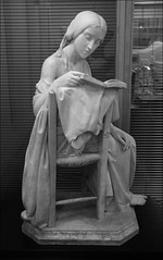 The Reading Girl, University of Birmingham, more as the artist intended (alanhitchcock49) Tags: the reading girl by pietro magni university of birmingham cadbury research library room tower black white mono sculpture trail april 2017 muirhead