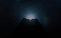 Halo 🔵 (Panda1339) Tags: 28mm leicaq summiluxq london ldn architecture millbanktower lookup uk cinematic moodyaf