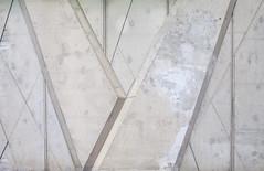V van Vloek (Pieter Musterd) Tags: scheveningen hellingweg devloek beton muur topzeilcentrum denhaag pietermusterd musterd canon pmusterdziggonl nederland holland nl canon5dmarkii canon5d 'sgravenhage thehague zuidholland paysbas thenetherlands niederlande haagspraak