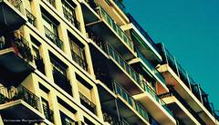 inclinaciones (ojoadicto) Tags: edificio building vintage inclinada cielo city buenosaires ciudad arquitectura architecture inclination