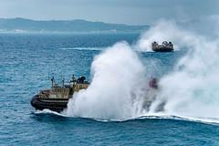 170406-N-JH293-007 (Nelson Dillehunt) Tags: ussgb greenbay ussgreenbay lpd20 japan sasebo bhr esg ctf76 forwarddeployed us7thfleet pacific ocean water navy ship sailors wisconsin packers vmm262 31stmeu nbu7 marines bonhommerichard bhresg patrol okinawa jpn
