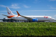 TUI Netherlands / C-FYLC / Boeing 737-800 / EHAM-AMS taxiway Q / © (RVA Aviation Photography (Robin Van Acker)) Tags: schiphol amsterdam airport planes trafic airlines avgeek airliner outdoor airplane aircraft vehicle jetliner jet jumbo air photography aviation avitionphotography
