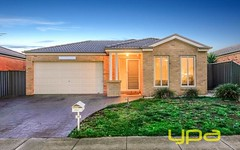38 Lomandra Bowl, Melton West VIC