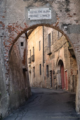 Castiglione Olona (Varese, Italy) (clodio61) Tags: castiglioneolona europe italy lombardy varese alley arch architecture building color day exterior facade historic house old outdoor photography street town urban village window