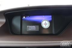 Lexus-ES-300h-Interiors (14)