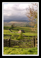 DSC_0008 - A piece of Wensleydale (SWJuk) Tags: swjuk uk unitedkingdom gb britain england yorkshire yorkshiredales dales wensleydale gayle hawes gate farmland fieldbarn drystonewalls hills hillside portrait clouds darkclouds frame landscape 2017 may2017 spring holidays nikon d7100 nikond7100 outdoor rawnef lightroom