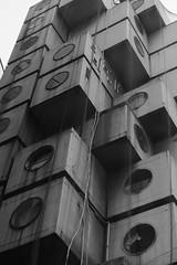 (agebous) Tags: capsule japanesearchitecture 東京 nakagin 新橋 tokyo 中銀ビル modular