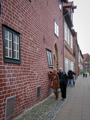 Lüneburg bulging wall (oldad57) Tags: germany lumix lüneburg panasonic tz60 architecture building bulging old