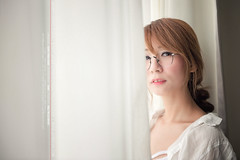 flickr005 (林亦倫) Tags: 素兒 台灣 旅拍 寫真 創作 雜誌 人像 喜瑞 飯店 窗光