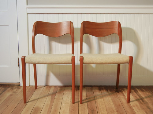 Møller Model 71 Chairs with Upholstered Seat