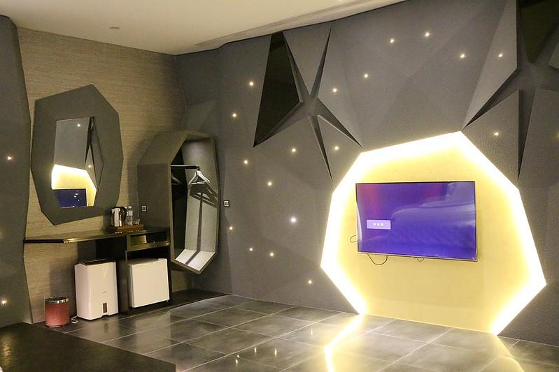 宜蘭民宿 飛机精品汽車旅館012