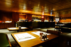 Dining space (A. Wee) Tags: cathaypacific thepier firstclass airport lounge hkg hongkong 国泰航空 香港 机场 中国 china restaurant 餐厅