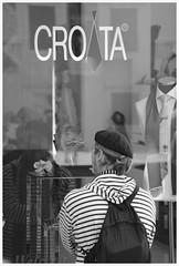 CroaT a (borneirana) Tags: croacia croata corbata croatia travel viajes viajar viaxar gente people bw blackandwhite blancoynegro grey gris style estilo urban shopping