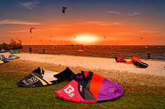 1000 Sunny Sails But One (Alfred Grupstra) Tags: 1000 medemblik noordholland nederland nl beach sand sea summer sport outdoors vacations people leisureactivity recreationalpursuit relaxation sky nature flag sunlight kiteboarding fun sunset coastline travel