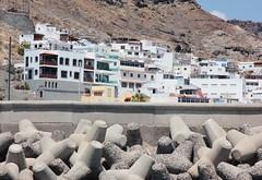 Gran Canaria April 2017 (253) (Bristol Viewfinder) Tags: grancanaria puertorico mountainroads boats holiday resorts hotels rocks sagitarius cat