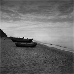 silent evening (Marta Wojtkowska) Tags: monochrome square 6x6 rollfilm 120 certo certosix certo6 bw blackandwhite rangefinder tessar boats sea seashore beach waterscape