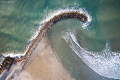 The Wave. (dasanes77) Tags: landscape aerial sea shoreline waves minimal concept thewave sagunto valencia longexposure