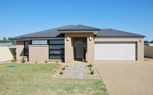 8 Ivie Street, Barooga NSW 3644