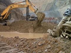 yanacocha open pit clean up3