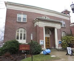 Carnegie Library (Hudson, Massachusetts) (courthouselover) Tags: massachusetts ma carnegielibraries libraries middlesexcounty hudsontown hudson