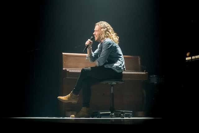 Julien Doré : & Tour - Zénith, Paris (2017)