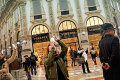 Fashion week (Мaistora) Tags: fashion shopping selfie selfies tourist visitor arcade gallery mall shops design architecture building famous site vistoremmanuelii duomo milano italy street candid wideangle ultrawide fromthehip passingby shoppers pedestrians tourists visitors atmosphere spirit