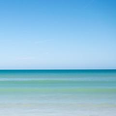 tons de mar (Al_Karrub) Tags: algarve albufeira azul