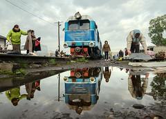 Vynohradiv Sunday Market (Kingmoor Klickr) Tags: vynohradiv narrowgauge railway market ukraine zakarpattiaoblast borshava beregovo tu2 034 боржавська вузькоколійна залізниця kmilnyk beregove