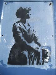 IMG_0415 (emilyD98) Tags: personnage maroc petit street art st nazaire insolite chantier naval port stencil pochoir mur wall espadon sous marin saint urban exploration city ville