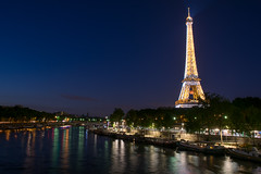 Tour Eiffel from Pont de Bir-Hakeim (fkaymak) Tags: paris night eiffeltower eyfelkulesi eiffel eiffeltoren eiffeltårnet eiffelturm torreeiffel longexposure city seine river