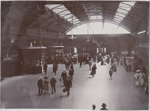 Adelaide Railway Station - interior view