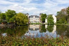 Burg Flamersheim (MR@tter) Tags: deutschland euskirchen flamersheim nrw spiegelungen nordrheinwestfalen de reflections sonydscrx100 spring frühling