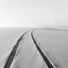 Long Beach (panfot_O (Bernd Walz)) Tags: beach longbeach oregon landscape seascape sea coast coastline shore space vastness blackandwhite bnw bw monochrome square fineart minimalism minimalistic emptiness contemplation