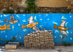 Doves of peace drawn on a wall in the street, North Governorate, Tripoli, Lebanon (Eric Lafforgue) Tags: allegory art artistic arty bird bricks colorimage concept conceptual creation dove doves graffitis hope horizontal lebanon liban liban121 memory middleeast nopeople paint painted peace peacedove peacemovement peaceful street streetart streetpainting symbol symbolic tags trabulus tripoli wall wallpainting war northgovernorate lb libanon libano ливан レバノン لبنان