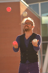 Jeremy juggles (radargeek) Tags: festivalofthearts okc oklahomacity 2017 inspyralentertainment downtown juggling